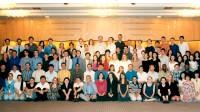 世界の若人が日本語と日本文化を學ぶ